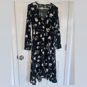 Boohoo L/S Black Floral Long Ruffled Dress Size 4